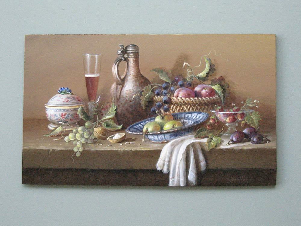 Thomas Heesakkers wel gekend in binnen en buitenland  Geboren op 12 september 1946 op het Brabantse platteland heeft Thomas Heesakkers zich laten gelden als een zeer begaafde bloemen- en stillevenschilder.   Het leven in Nederland was zo kort na de Tweede Wereldoorlog niet gemakkelijk. Toch was de jonge Thomas vastberaden in zijn pogingen tot de kunstacademie te worden toegelaten. Dit lukte uiteindelijk om te worden tot de begaafde kunstenaar van nu. Na vier jaar academie, bezoeken aan diverse musea en nog diverse privélessen heeft Thomas een geheel eigen kleur en beleving aan zijn schilderijen gegeven.   Thomas Heesakkers schildert in olieverf en prefereert grootformaat schilderijen. Zowel zijn stillevens als zijn landschappen zijn in de romantische stijl en zijn werken volgen nauwkeurig de traditionele Hollandse School met haar grote diepte, intensiteit en rijk kleurpalet  Zijn schilderijen vinden gretig aftrek en vinden hun weg naar menig privécollectie over de gehele wereld. Thomas exposeerde reeds in Frankfurt, Dusseldorf, Eindhoven, Venlo en meermaals in Engeland.