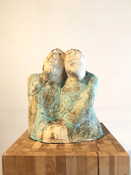 Paartje, aardewerk, afmeting 28x24x13cm