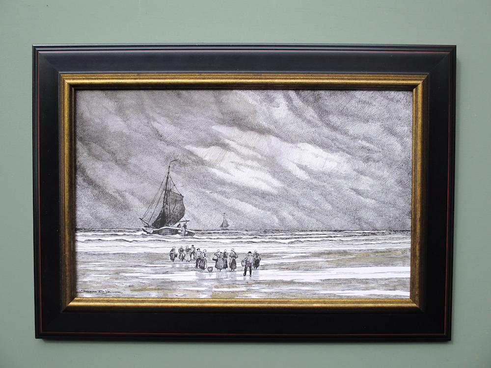 Aan de kust bij Scheveningen, gemengde techniek, afmeting inclusief museumglas en lijst 40x54cm.